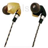 Супер бас связанный проволокой в наушнике сотового телефона уха с микрофоном и дистанционным управлением в золоте кабеля металлическом