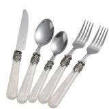 Hight qualité 7PCS Ensemble de couteaux en acier inoxydable et une cuillère de fourche ensemble