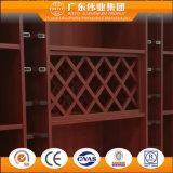 Governo del vino fatto da alluminio con colore di legno reale del grano