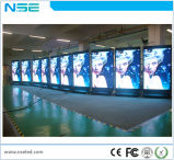 車輪の電話形のLED表示とのLED表示スクリーンのビデオ屋内P4移動を広告する3G