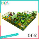 赤ん坊のための柔らかい領域の樹上の家の小型屋内運動場