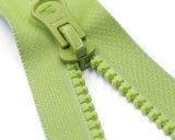 Chiusura lampo di Vislon con il tenditore del pollice e nastro adesivo della chiusura lampo di colore verde/superiore