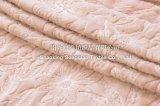 刺繍された珊瑚の羊毛毛布/浮彫りになる赤ん坊毛布