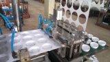 Tapa de plástico que hace la máquina