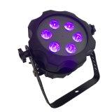 Al aire libre impermeabilizar el proyector con pilas de la IGUALDAD de la radio LED del litio de 6 LED con el partido ULTRAVIOLETA del acontecimiento de la etapa de los colores de 6in1 Rgabw