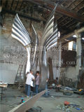 Grande sculpture extérieure en acier inoxydable
