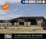 Ayuna el edificio instalado de la estructura de acero para el almacén