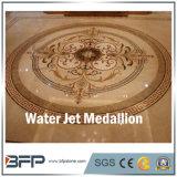 Medaglioni poco costosi del pavimento non tappezzato del marmo del getto di acqua di disegno del fiore dalla Cina