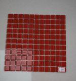 Tegel van het Mozaïek van het Glas van het Kristal van de Decoratie van het huis de Rode Vierkante