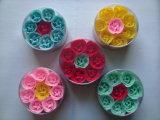 Flores do sabão no presente redondo ajustado para a promoção