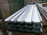 Strato ondulato del tetto di colore