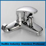 Choisir le robinet de bassin de salle de bains de traitement, taraud d'eau de salle de bains à vendre