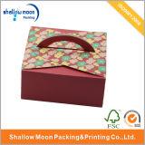 다채로운 작은 꽃 주문 로고를 가진 귀여운 케이크 수송용 포장 상자