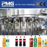 プラスチックびんによって炭酸塩化される飲み物の飲料の充填機