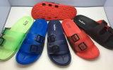 Chaussures de plage de santal de PVC de poussoirs d'EVA
