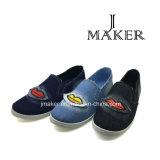 Estilo colorido del zapato de señora con la inyección del PVC (JM2045-L)