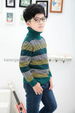 タートル・ネックの方法しまのある骨がある子供のウールのセーター