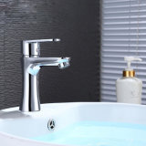 Grifos de cobre amarillo montados sola cubierta del cuarto de baño del grifo del fregadero del orificio de la maneta