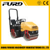 2 Ton Vibratory Tandem Road Roller with Three-Cylinder Diesel Engine (FYL-900)
