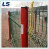 Wire Mesh Fence in Triangular Bend