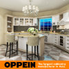 Oppein Traditional White Solid Wood Kitchen Cabinet with Island (OP15-S15)