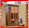 1-2 personas usan la sala de sauna