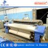 Terminar la cadena de producción gasa que hace que máquina el aire echa en chorro telar