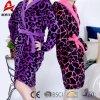 Albornoz coralina de la impresión del leopardo del paño grueso y suave del camisón caliente barato adulto