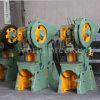 Máquina excêntrica da imprensa de potência da máquina de perfuração J23 do furo do metal de folha das peças de automóvel de China 125ton