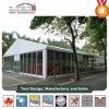 Tentes de luxe de mariage de restauration blanche de banquet avec les murs en verre