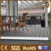 Decking extérieur en bois composé creux de WPC pour la vente en gros
