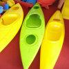 Singoli di plastica di Rotomolding si siedono la singola canoa del kajak