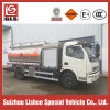 caminhão do reabastecimento dos aviões do transporte do combustível para reatores 8000L