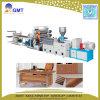 Chaîne de production en plastique d'extrudeuse de panneau de voie de garage de bande de cachetage de PVC