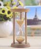 Reloj de arena hermoso de madera
