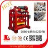 Pequena máquina para fazer blocos de tijolos de cimento na Zâmbia