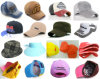 Les différents types adaptent des chapeaux aux besoins du client de mode