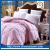 より安いポリエステルMicrofiberの羽毛布団またはキルトまたは慰める人のホテルかホームまたは病院またはキャンプするか、または学校またはMilitry