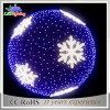 Il motivo della ghirlanda LED del PVC illumina la sfera enorme di natale del fiocco di neve LED