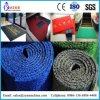 Plastikgummi legt Produktionszweig mit Teppich aus
