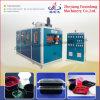 Quatre produits en plastique automatiques de pilier faisant la machine