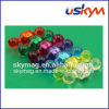 L'aimant en plastique de Pin de poussée de couleur Moitié-Transparente