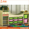 Tableau et présidences en bois d'enfant en bas âge de meubles préscolaires de salle de classe pour des gosses