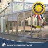 Прозрачный шатер крыши с стеклянной стеной