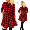 Взрывы отдыхающих осенью Осень женщин Клетчатую рубашку пружины печатной платы платье