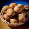 과일과 빵을%s 주문을 받아서 만들어진 음식 안전한 버드나무 바구니