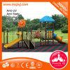 Kind-im Freienspielwaren-Spielplatz-Geräten-im Freienplättchen
