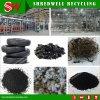 Der komplette/vollständige Gummireifen, der Zeile aufbereitet, um altes aufzubereiten/, verwendete,/Abfall,/Schrott,/verworfener Reifen