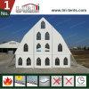 実質の祈りのための実質教会玄関ひさしのテントの構造