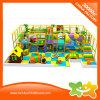 Estrutura interna macia colorida do jogo do equipamento do parque de diversões para miúdos